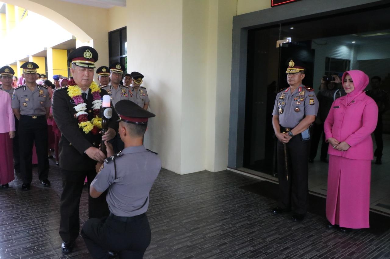 9 Personil Yang Pensiun DiLepas Secara Resmi Oleh Kapolda Bengkulu