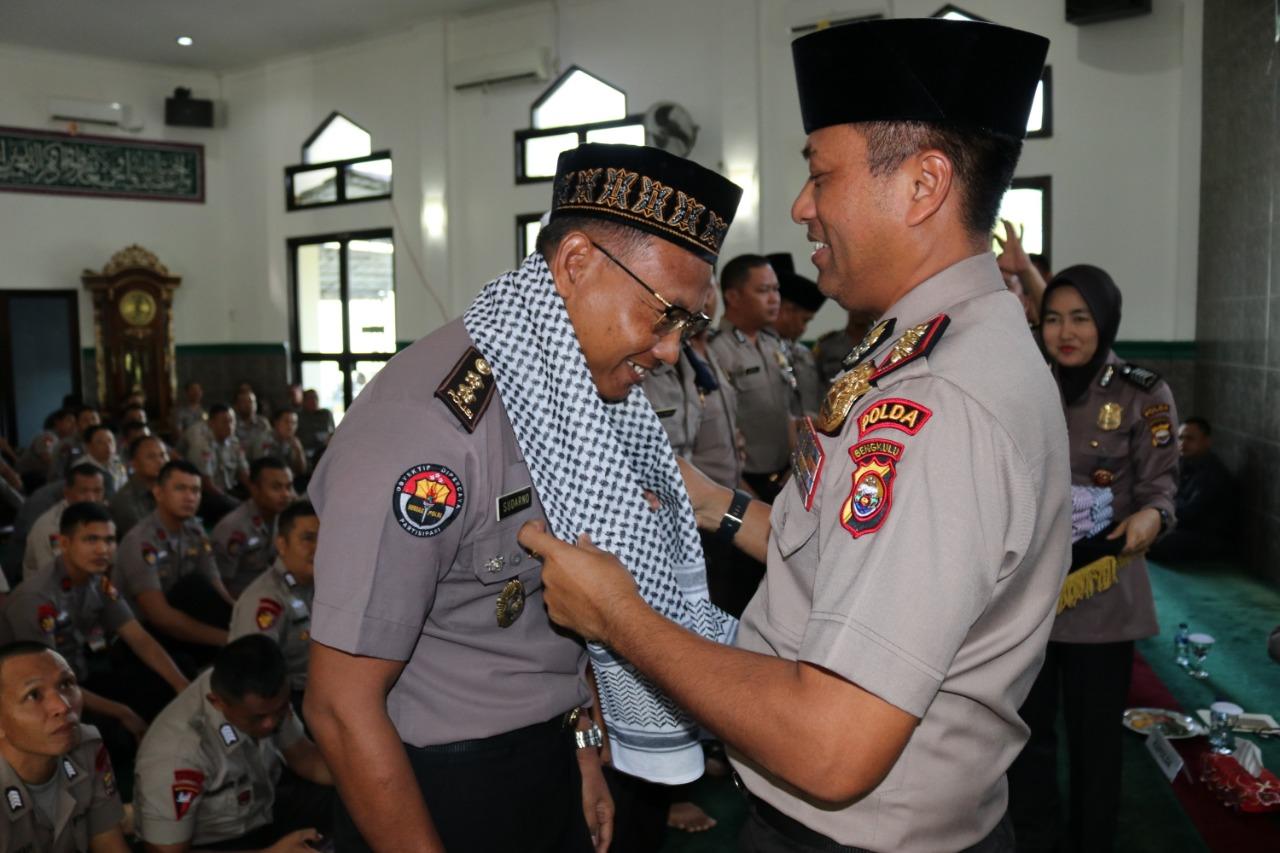 Wakapolda Bengkulu Lakukan Pelepasan Jamaah Haji Polda Bengkulu
