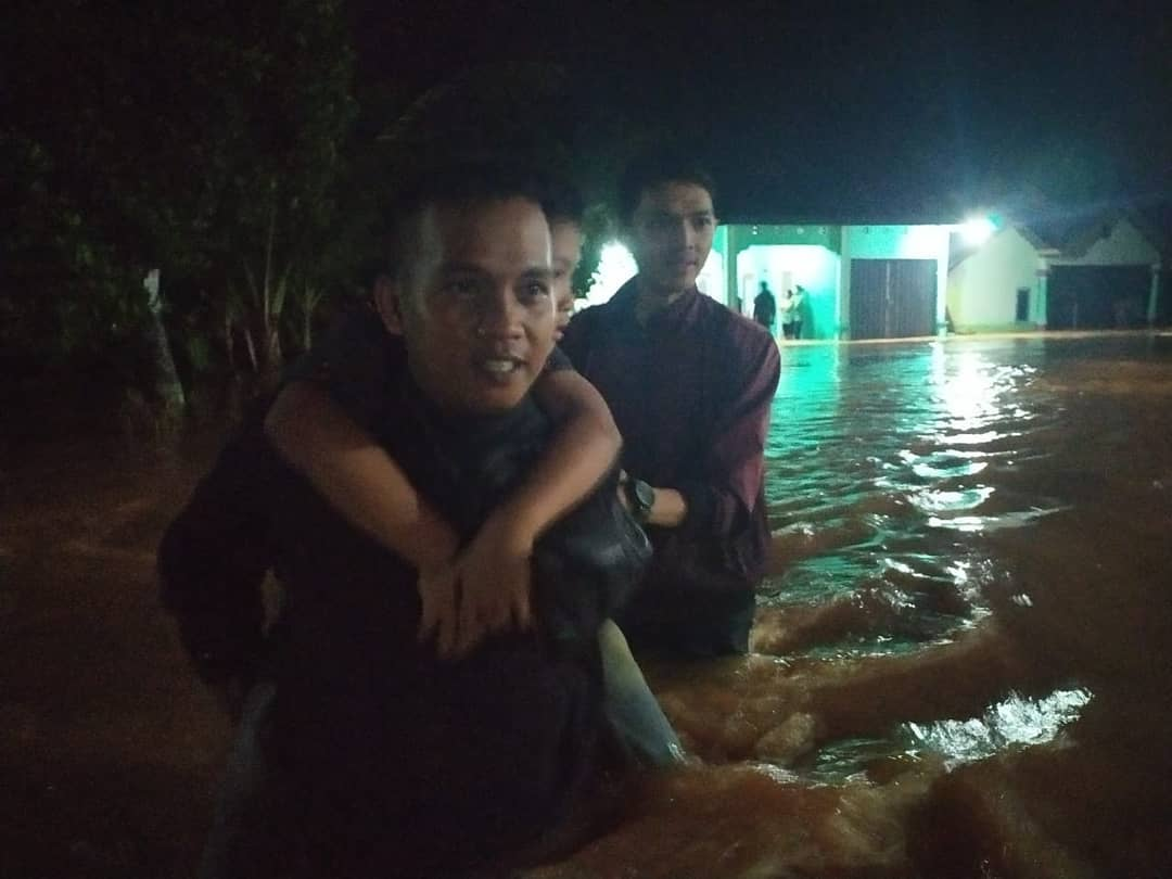 Polda Bengkulu Siagakan Personil Bantu Korban Banjir