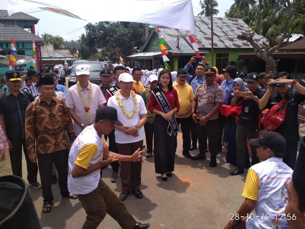 Anggota Koramil dan Polsek Kaur Utara Amankan Kunker Gubernur di Padang Guci Hilir