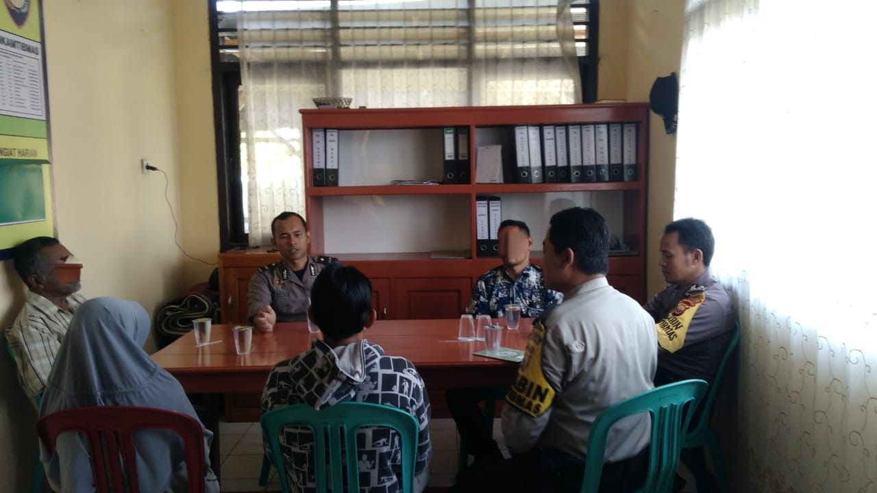 Problem Solving, Polsek Padang Jaya Damaikan Warga yang Bertikai