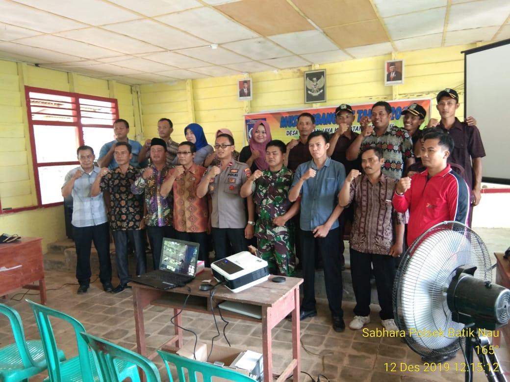 Musrembang Desa Samban Jaya, Kapolsek Batiknau Sampaikan Binluh