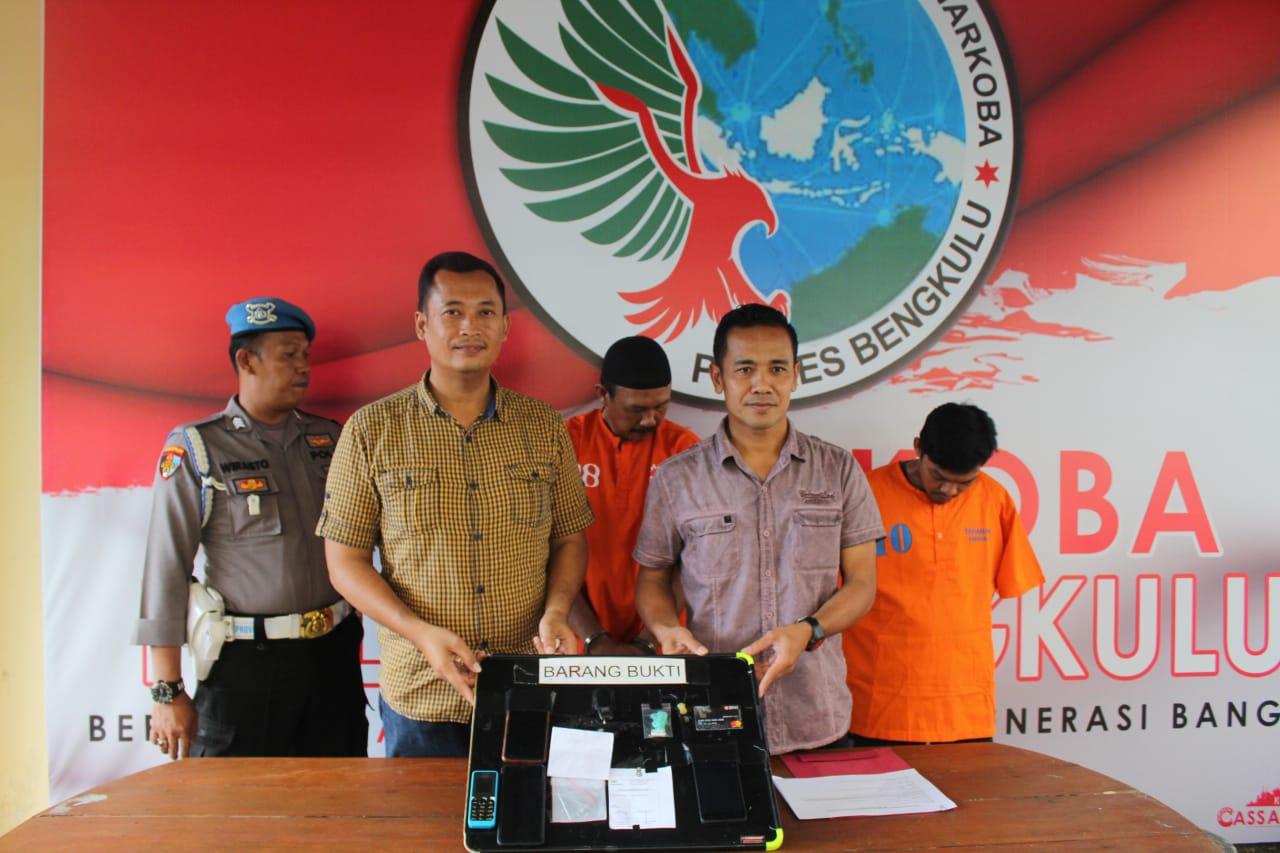 Berhasil Ungkap 3 Tsk Narkotika Sabu, Polsek Ratu Samban Gelar Press Conference