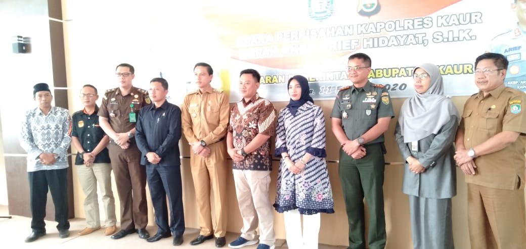 Ucapkan Selamat Bertugas Ditempat Baru, Pemda Kaur Gelar Perpisahan Dengan AKBP Arief Hidayat, S.IK,