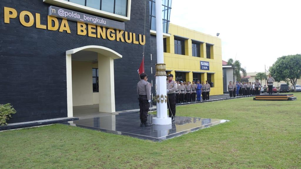 Tingkatkan Nasionalisme, Polda Bengkulu Laksanakan Upacara Bendera Bulanan