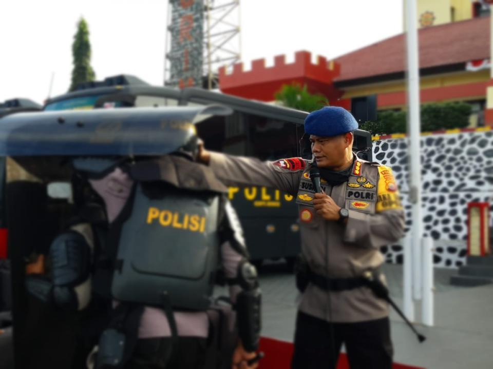 """Pimpin Apel Kesatuan, Dansat Brimob Polda Bengkulu; """"Anggota dan Peralatan Harus Siap Memberikan Pelayanan"""""""