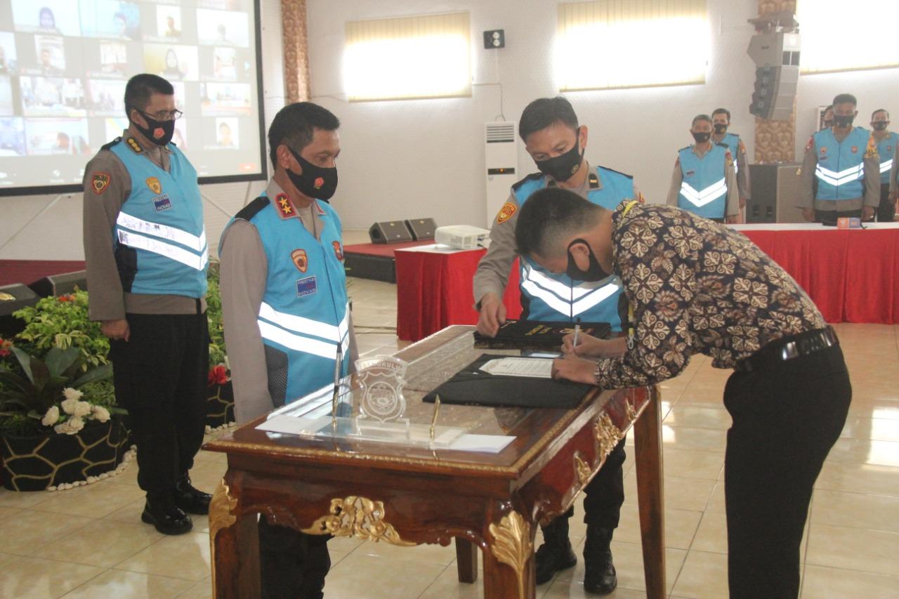 Kapolda Bengkulu Pimpin Pakta Integritas Bintara Polri 2020