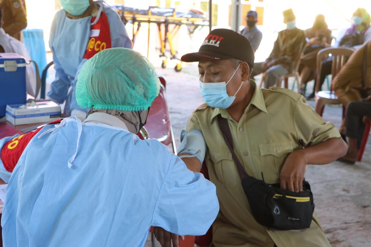 Program Vaksinasi Masal Covid-19 Biddokkes Polda Bengkulu di Seluma Capai Target 1000 Dosis