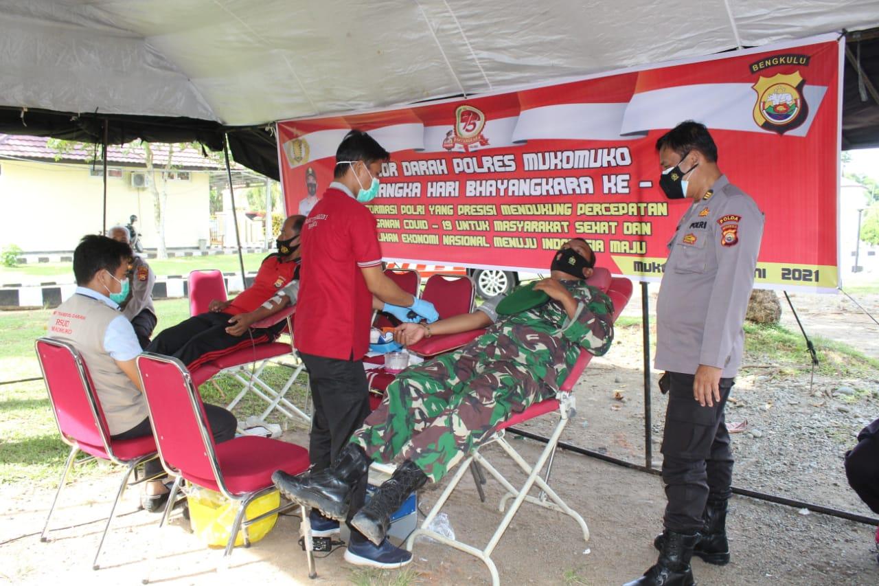 Sambut Hari Bhayangkara, Polres Mukomuko Gelar Donor Darah