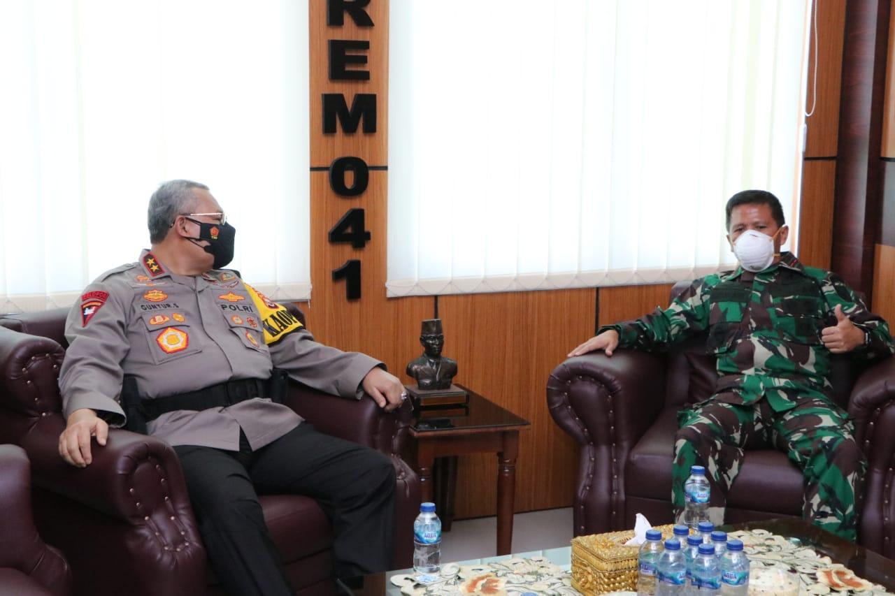 Perkuat Soliditas TNI-Polri Hadapi Pandemi, Kapolda Bengkulu Temui Danrem 041/ GAMAS