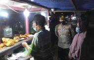 Razia Prokes, Kapolres Kaur Borong Dagangan Pedagang