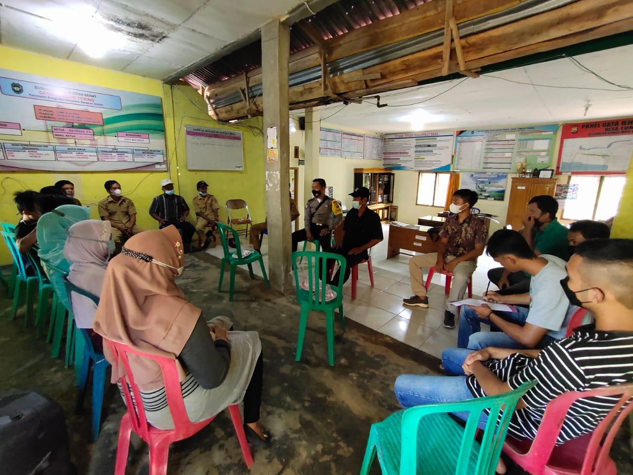 Bhabinkamtibmas Polsek Bunga Mas Mediasi Warga dan 4 Remaja Pembuat Onar