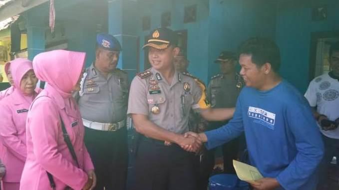 Yayasan Polres Bengkulu Bangun Rumah Anggota Yang Terbakar