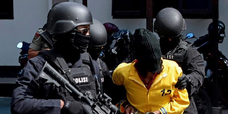 Berantas Terorisme, Densus 88 Antiteror Polri Tangkap Terduga Teroris di Cikarang