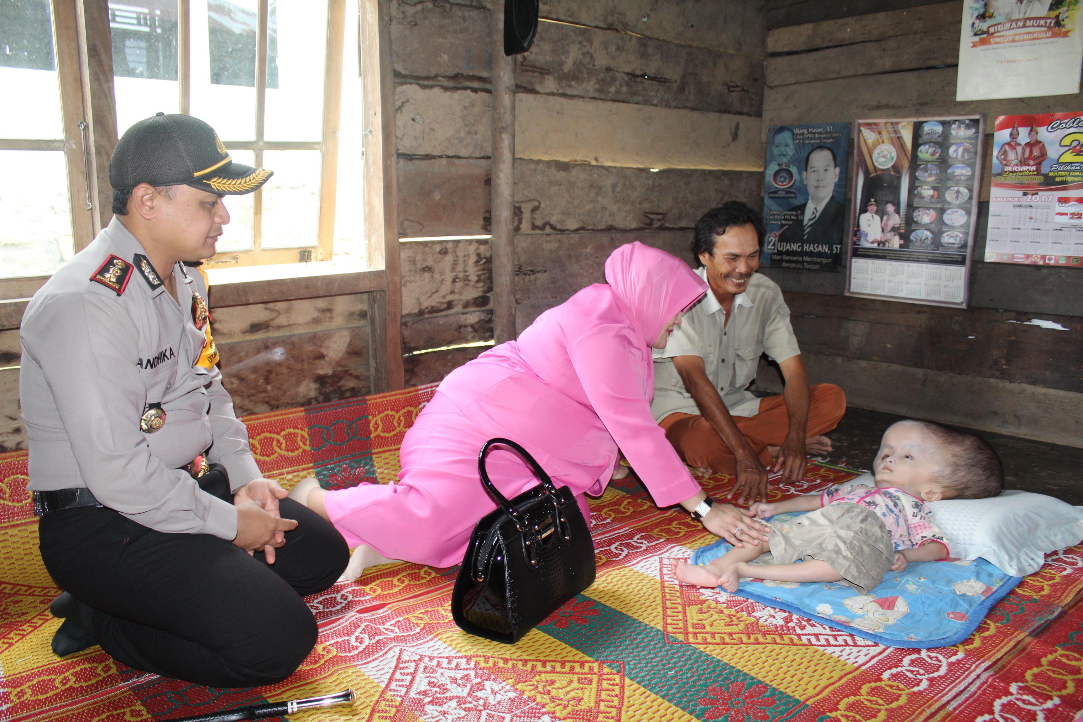Kapolres Bengkulu Utara; Mari Kita Tumbuhkan Rasa Peduli Terhadap Sesama
