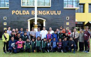 Kapolda Lepas Tim Sepak Bola U-14 Bengkulu