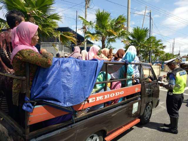 Polda Bengkulu Ingatkan Mobil Bak terbuka Jangan Bawa Penumpang