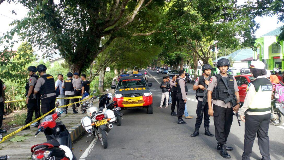 Polres RL Dan Brimob Evakuasi Penemuan Benda Diduga Mortir