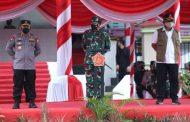 Kapolri, Panglima TNI, dan Kepala BNPB Pimpin Apel Gabungan Satgas Penanganan Covid-19 di Bangkalan