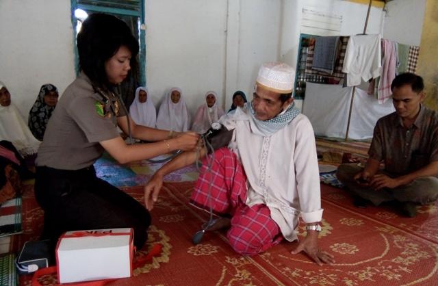 Polisi cek Kesehatan Jamaah Suluk