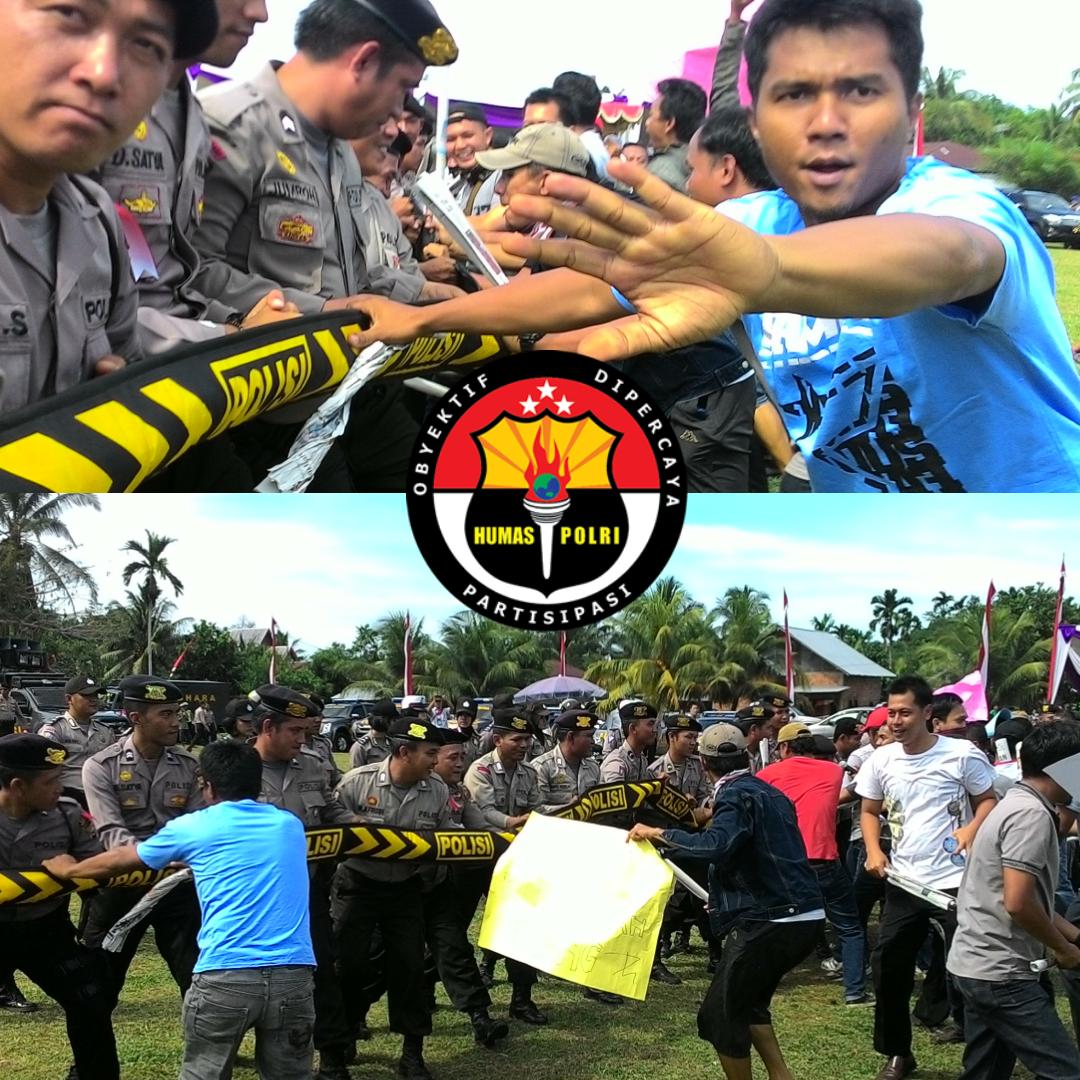 Berakhir Ricuh, Akhirnya Polisi Bubarkan Demo