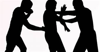 Dikeroyok 3 Pemuda, Laki-Laki  Parubaya Alami Luka Memar