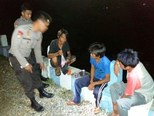 Pesta Tuak, 3 Pemuda Diamankan Polisi