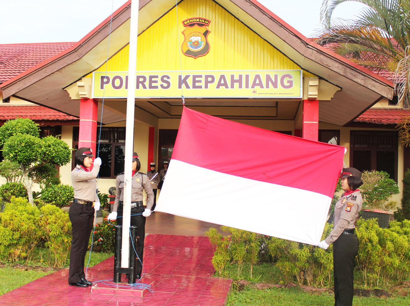 Spesial, Upacara Bendera Polres Kepahiang Perdana Tahun 2018 Semua Petugasnya Polwan