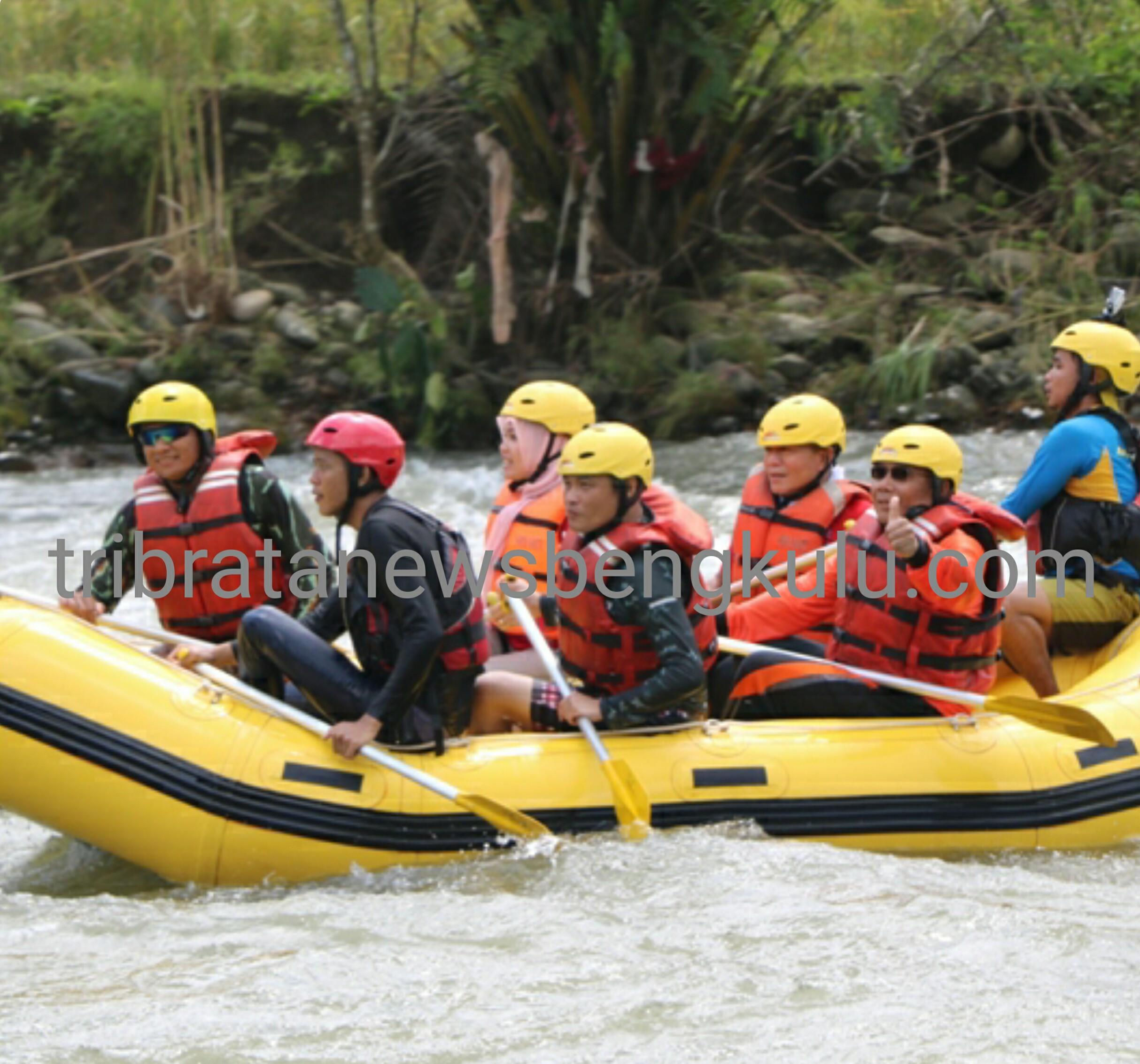 Kapolda Jajal Jeram Sungai Manna